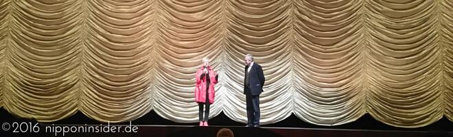 """Weltpremiere in Berliner Zoopalast zu """"Grüße aus Fukushima"""" mit Doris Dörrie vor der Filmvorführung"""