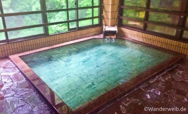 Warum ich Japan liebe - Tessa erzählt in einem Gastartikel. Foto: Typisch Japanisch - Onsen | Wanderweib auf Nipponinsider