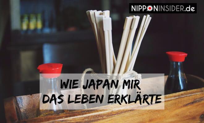 Wie Japan mir das Leben erklärte, Bild von Chopsticks in einem Glas und Sojasoße | Nipponinsider
