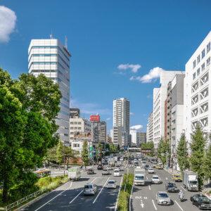 Straßen in Tokyo sind sauber und geordnet